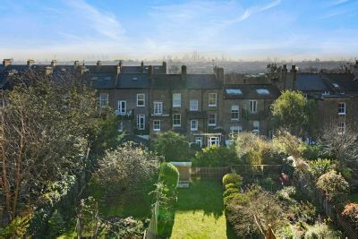 DRESDEN ROAD  Whitehall Park N19 3BE, London - £699,000